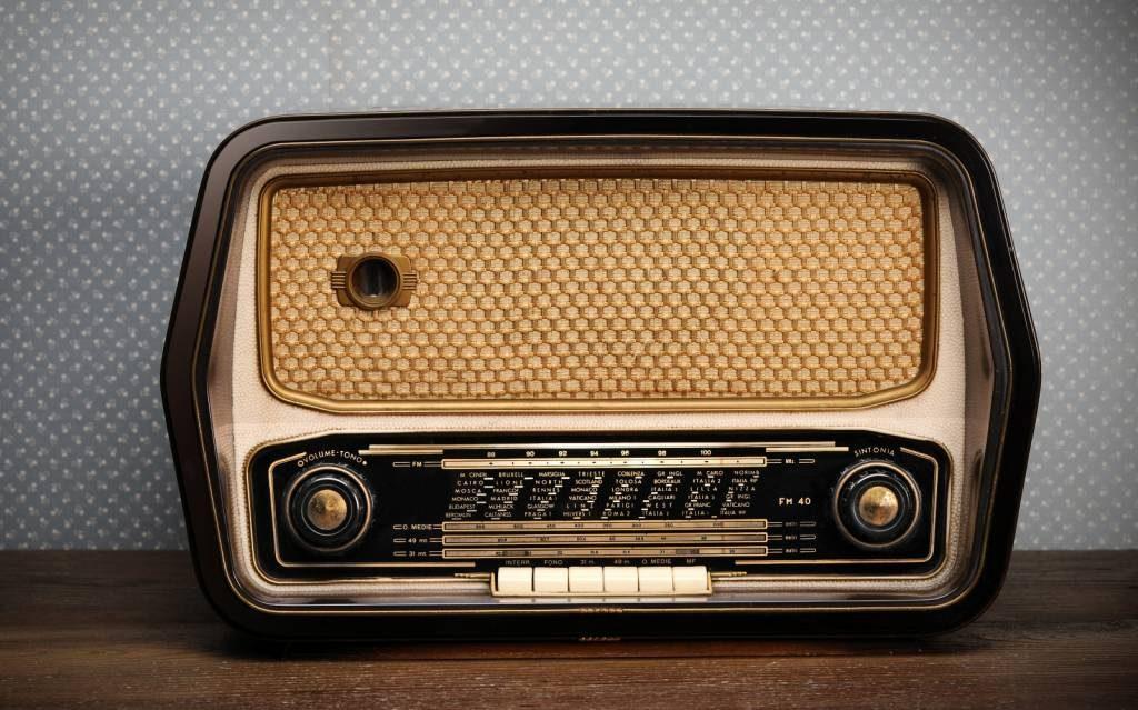 Radyoyu kim buldu
